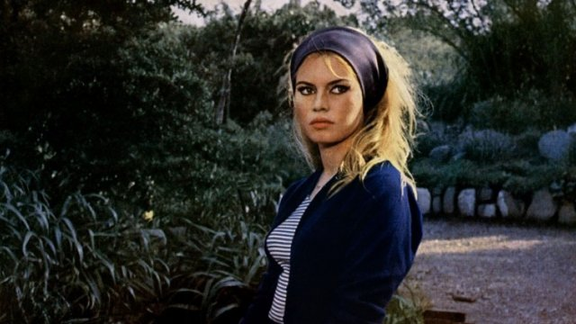 Image result for photos of bardot in mepris en anglais